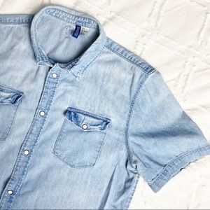 H&M Divided Men's Snap Button Denim Shirt